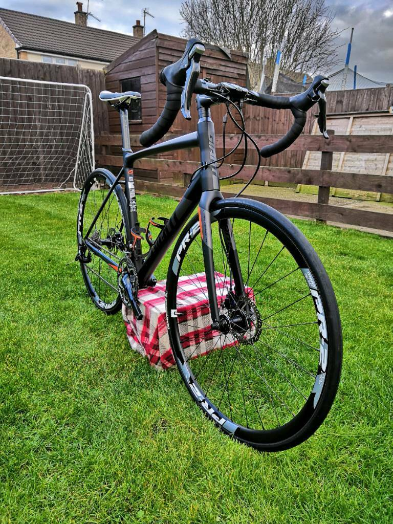 bf9aa968977 2017 Giant Contend SL1 Disc Road Bike | in Hereford, Herefordshire ...