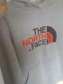 BOYS HOODY (THE NORTH FACE) GREY 14-15 YEARS VGC