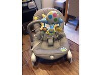 Chicco Balloon Bouncer, grey