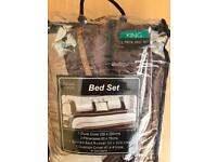 King size 5 piece bed set new unused in bag