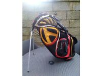 Taylor Made R7, flip stand, double sling golf bag.