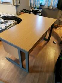 Large L shaped Pc desk (home and office)