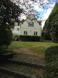 Two bedroom ground floor flat in Lightwater Surrey available mid June