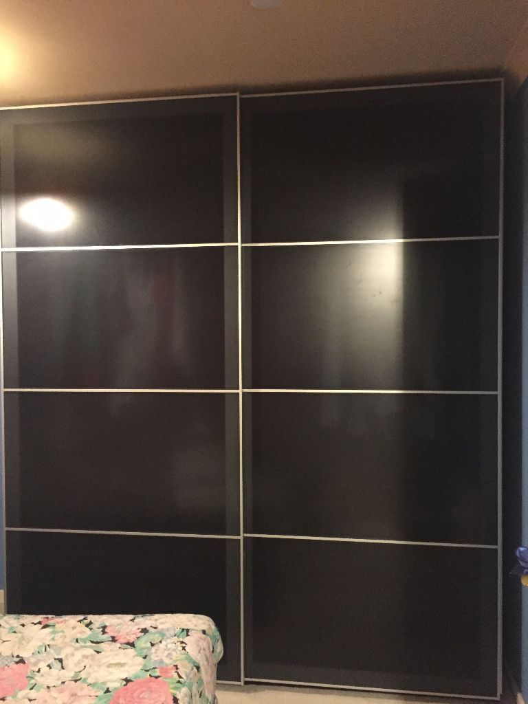 pax uggdal double wardrobe black brown in bramley west. Black Bedroom Furniture Sets. Home Design Ideas