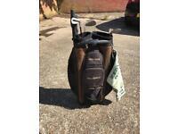 Taylor made golf bag and mizuno golf umbrella