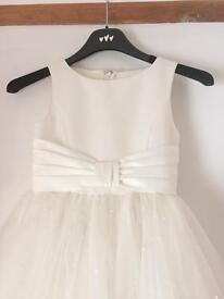 STUNNING Ivory Flower Girl communion dress Age 8