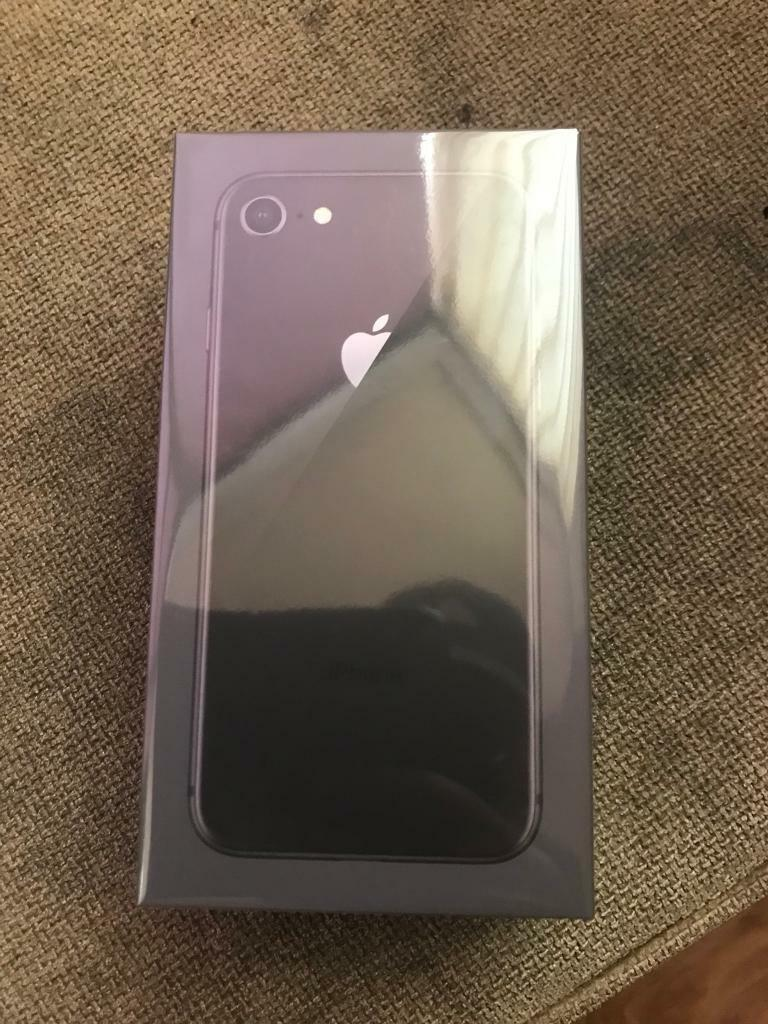 IPHONE 8 64g SPACE GREY BRAND NEW SEALED IN THE BOX