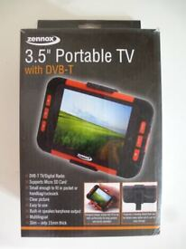 NEW 3.5 INCH PORTABLE TV/DIGITAL RADIO