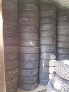 One 175 70 14 tire for sale