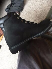 Mens Black Timberland Boots UK 10- Brand new in box