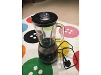 Sale Coffe machine Nespresso and Blender Russell H