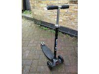 Maxi micro scooter - black
