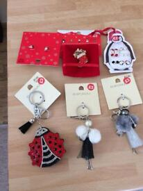 Keyrings Christmas sets and much more