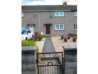 2 bedroom terrace house. Quite cul-de-sac, well situated near Cooper park and Seafield school