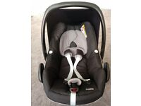 Maxi cosi pebble car seat and isofix familyfix base