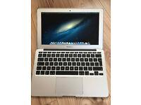 Apple MacBook Air 11 Laptop - MD711B/A (Mid 2013) - i5 1.3GHz 4GB RAM 128GB SSD - USED 100% working