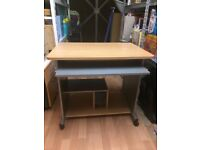 Computer PC Desk Table with keyboard tray and wheels