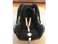 Maxi cosi car seat in very good condition - also selling rain cover, buggy adaptors and ISO fix base