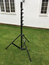 Manfrotto 269 HDBU Light or Camera stand. 7.3 m max height