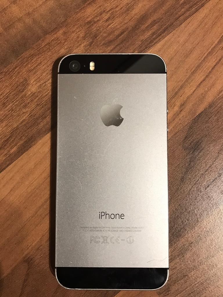 iPhone 32gb EE (Space Grayin East London, LondonGumtree - Selling iPhone 5s 32gb locked to EE network. It comes as it is without box, headphones, charger, etc. The phone presents sign of wear and tear. Reasonable offers accepted. Serious buyers only please!
