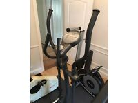 Reebok RE-12213 Cross Trainer