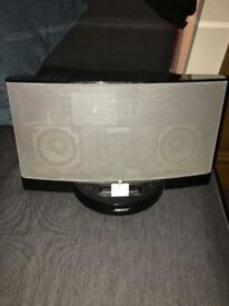 Bose sound dock with accessories