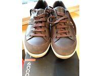 Ecco soft grip modern golf shoes, size 42