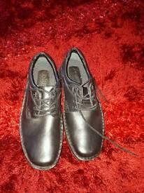 Black leather men's shoes size 7