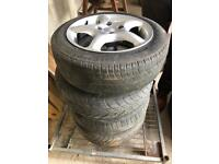 4 Alloy Rims with Used Tyres