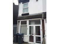 3 BEDROOM HOUSE IN ASTON TO RENT -
