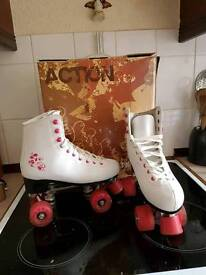 Quad roller boots size 5. 2 pairs.
