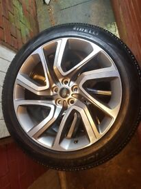 Land rover discovery/ range rover alloy wheels 21inch plus tyres Pirelli