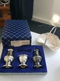 Silver plate georgian style condiment set (missing spoon)