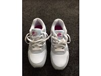 NIKE MD Runner 2 Trainers - Size 7