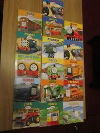 EASTER GIFT 40 Thomas the tank books+ Traveling train set, floor map + poster