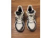 White Asics trainers – Size 10