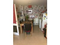 3 bed end terrace Tamworth close to school, doctors, shops, buses wanting 3 bed St Albans redbourne