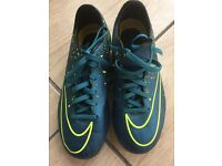 Men's Nike football boots