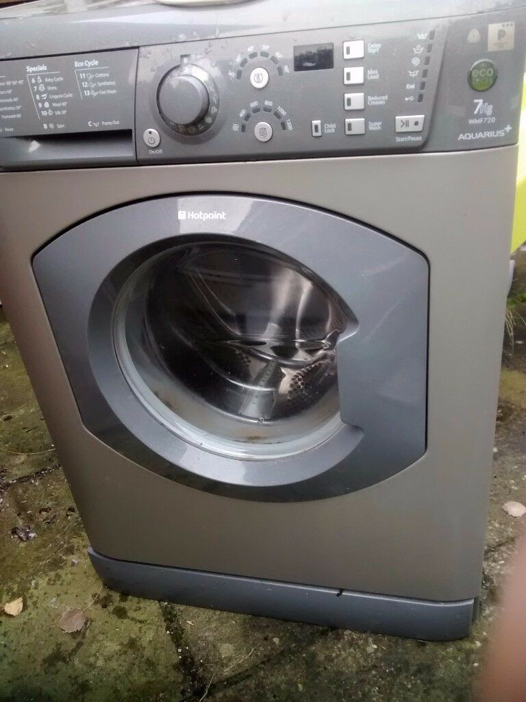 Spares or repair Hotpoint Aquarius WMF720 washing machine graphite grey