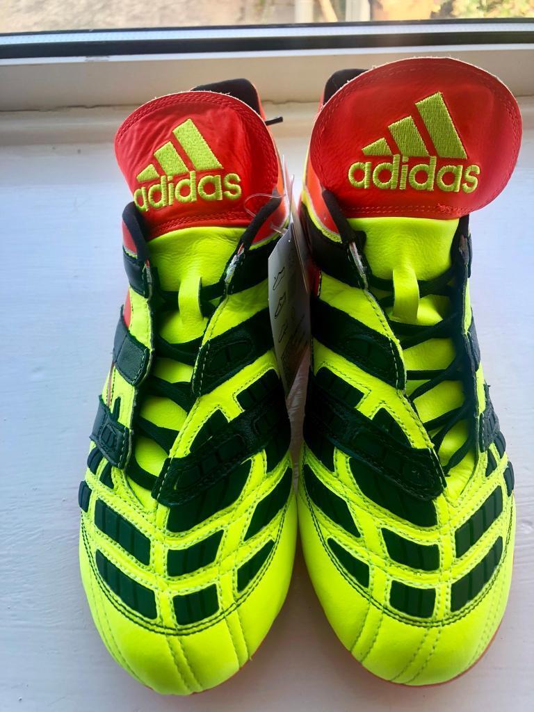 Adidas Predator Accelerator Limited Edition size 9.5UK  0253a687ef4e