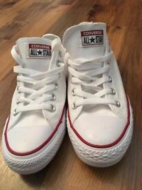 Brand new size 7.5 white converse