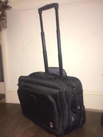 Exec carry/wheelie case for laptop etc