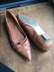 Ladies shoes (Office) size 6
