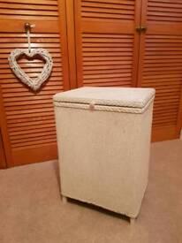 Lloyd Loom storage/Linen box