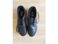 Men golf shoes used only once - UK number 8 (EU 42)