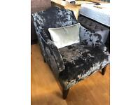 New/ex-display**Stunning accent chair BARGAIN