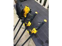 Cycle carriers for roof bars