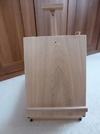 Wooden box easel