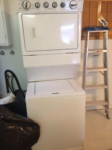Stacking washer & dryer whirlpool