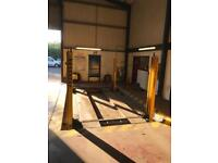 Bradbury 3 ton 4 post lift 3 phase